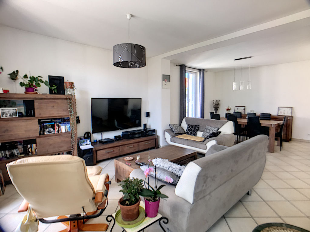 BOURG LES VALENCE - Maison 133 m² sur terrain 315 m²