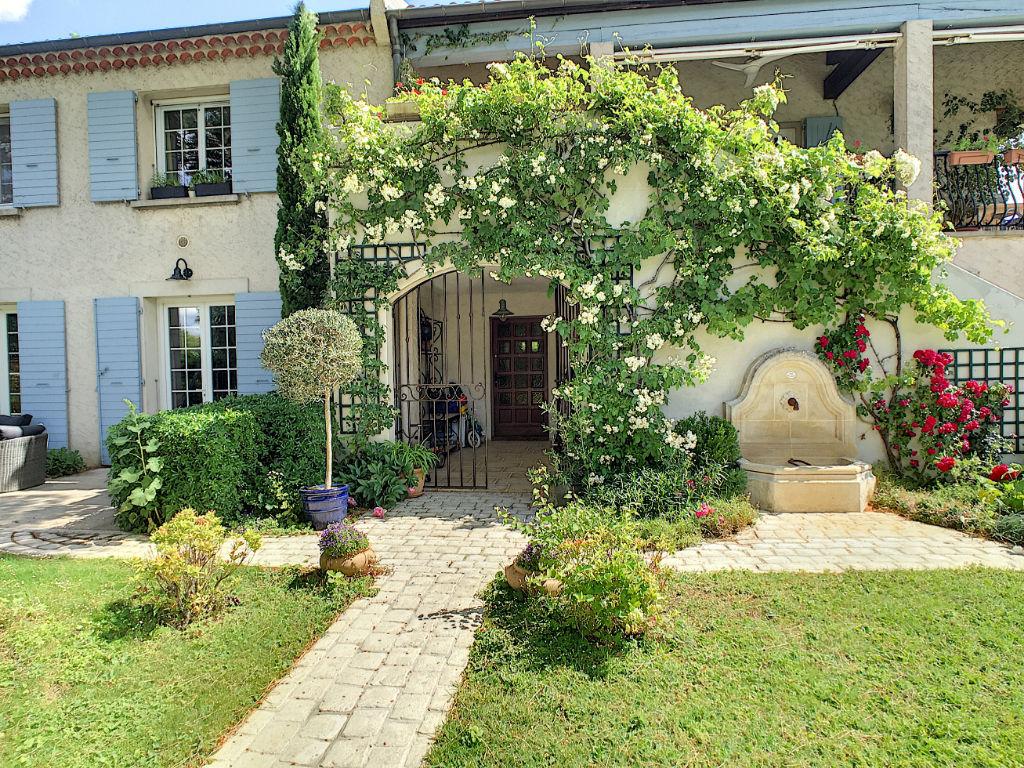 St Marcel Les Valence Maison 6 pièces 207 m2 terrain 1100m²