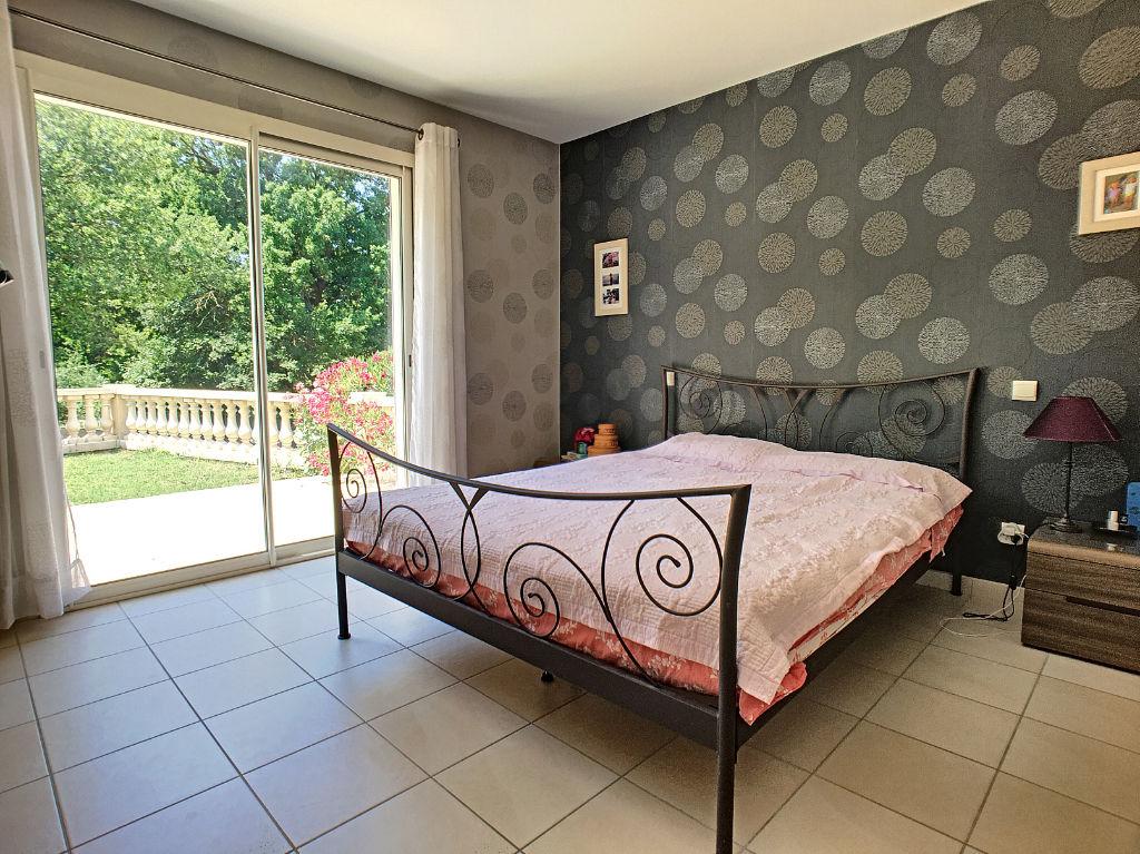 MONTELEGER, maison au calme 170 m² sur 1459 m² terrain 6 chambres