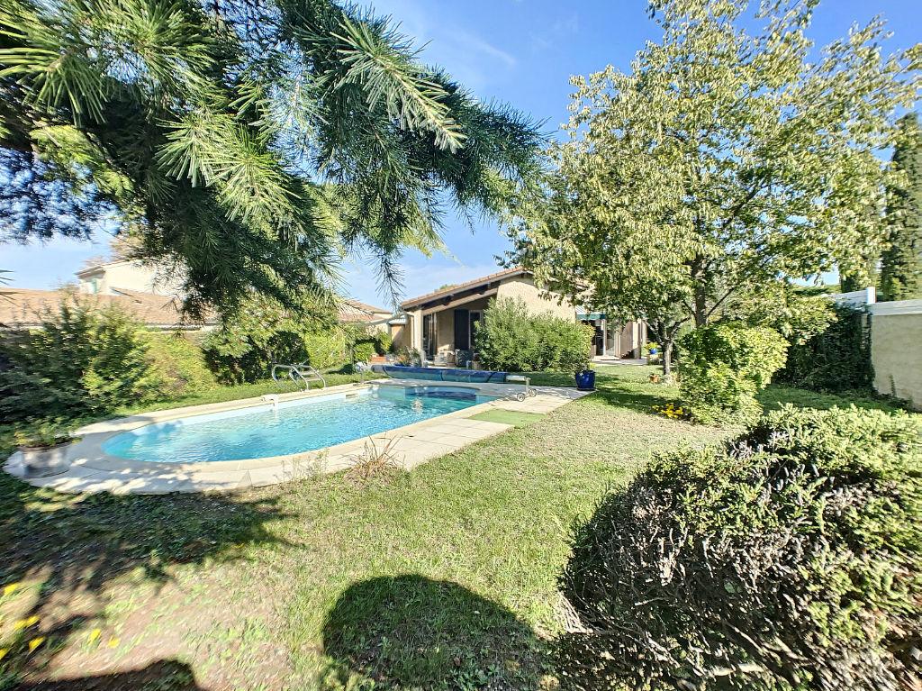 photos n°1 ETOILE - maison plain pied 108 m² 3 chambres avec piscine et garage - hors lotissement