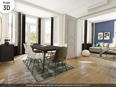 SOUS COMPROMIS. Maison familliale annees 30 sur grande parcelle, Chateauvert, 220m2 habitable sur 6 chambres, garages et annexe
