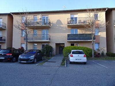 Guilherand Granges T3 54 m2 avec parking