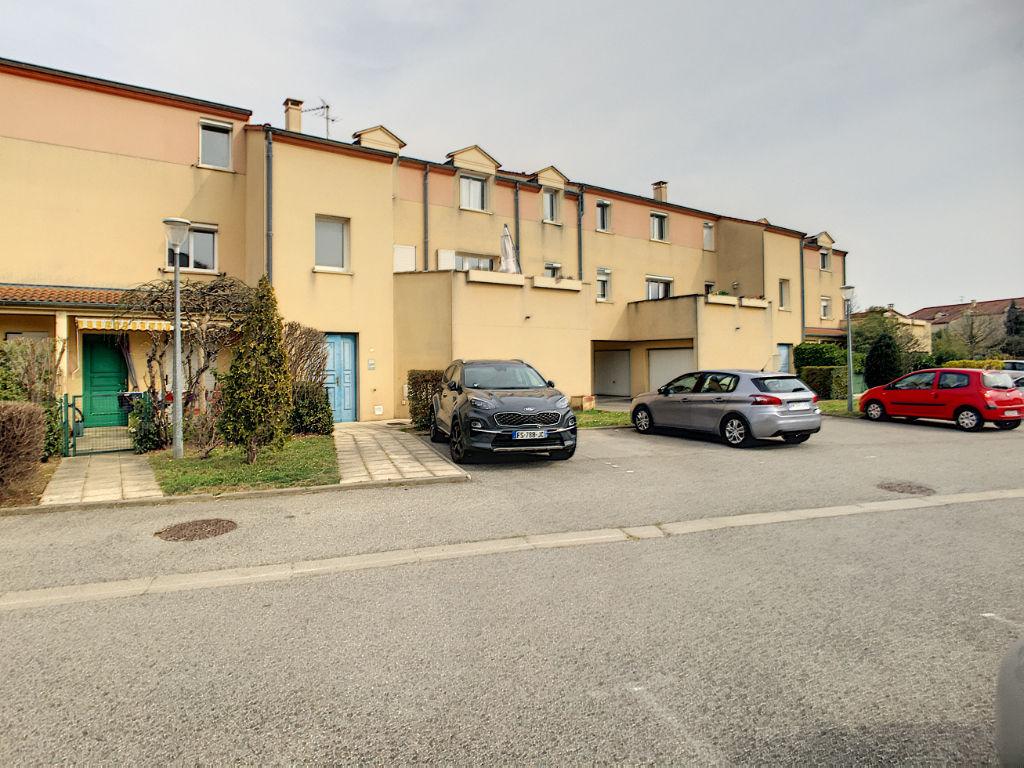 Guilherand - T4 avec jardinet de  80 m2 avec garage et cave