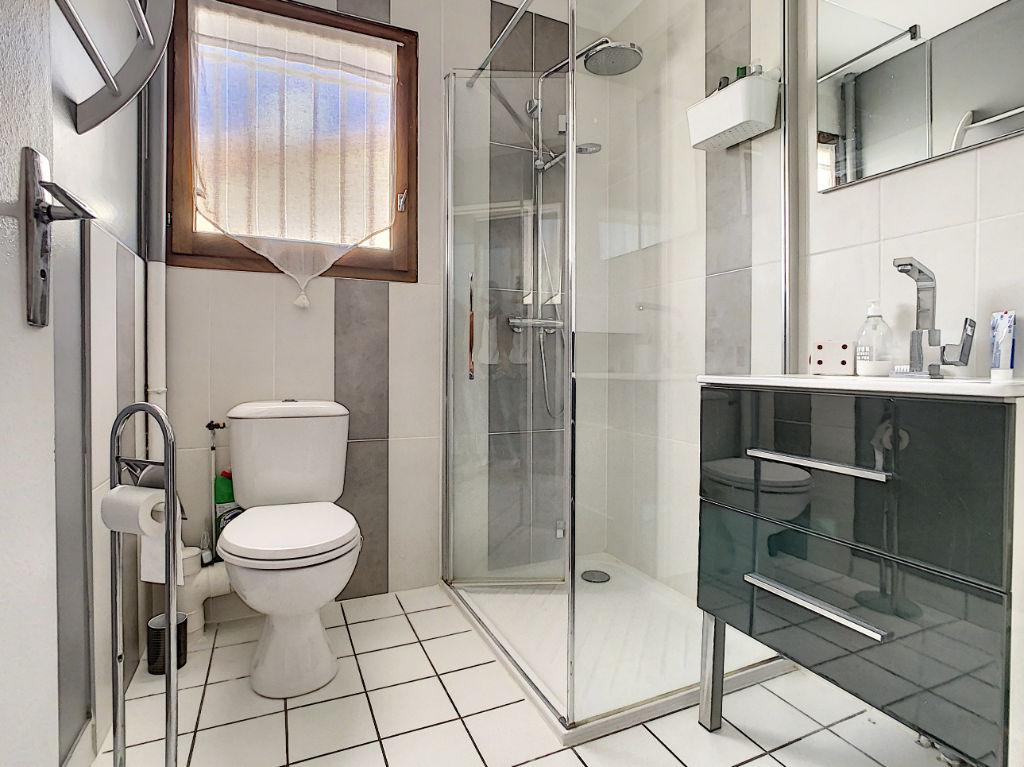 Faventines Hôpital jolie maison 105 m² 3 chambres au calme