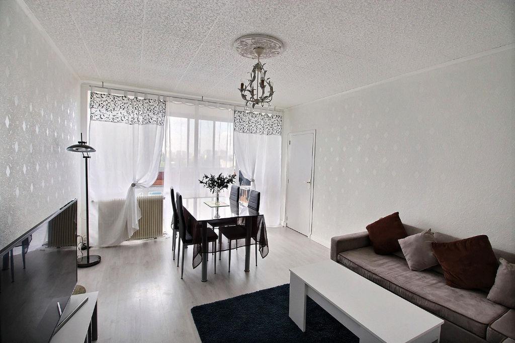photos n°1 Appartement Venissieux 5 pièce(s) 97 m2