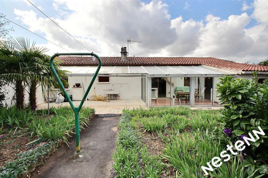 photos n°1 Maison Saint Fons 4 pièce(s) 80 m2