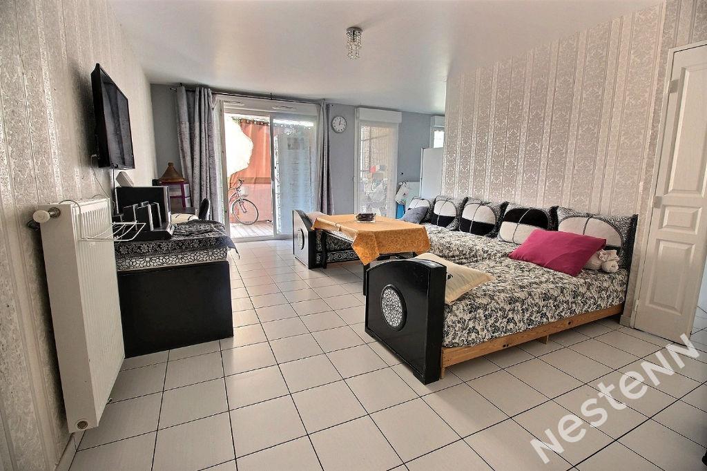 Appartement Saint Fons 3 pièce(s) 70 m²