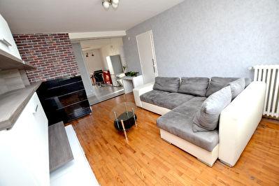 Appartement T3, tres bien agence, sejour avec cuisine US, Villeurbanne 69100 Sud Cusset, metro a 7 mn a pied