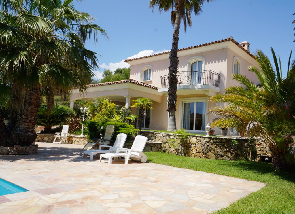 vente maison de luxe 83700 saint raphael