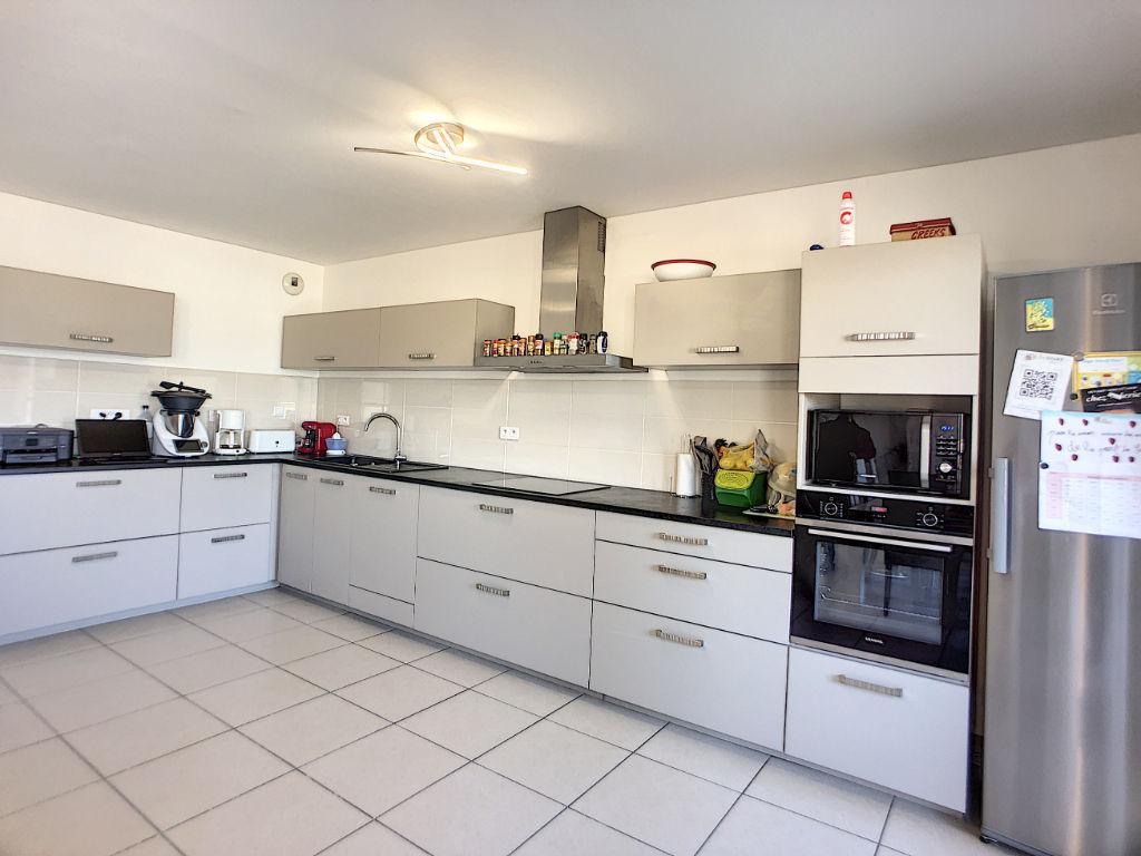 A vendre Appartement 4 pièces de 78m² + garage à Sarrola Carcopino