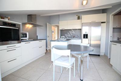 Appartement Bourg En Bresse 5 pieces 145.09 m2