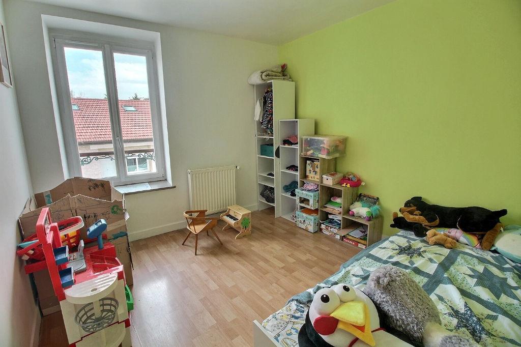 Appartement LOUE Amberieu 71.30 m2