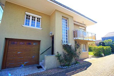 Maison 8 pieces 150m2 avec garage
