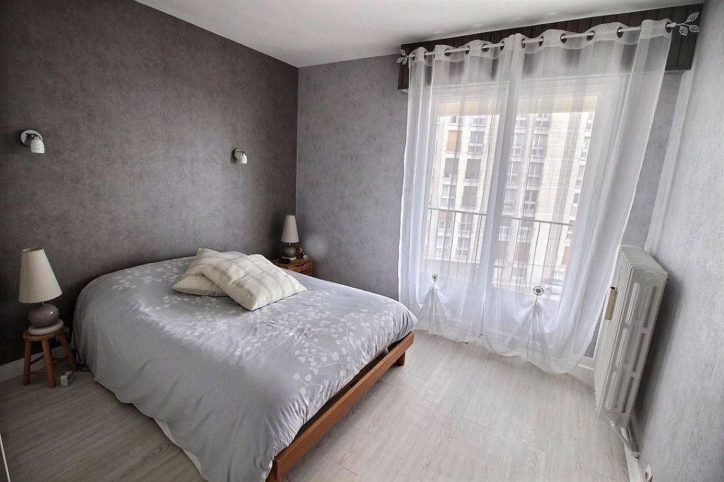 CHARTRES, BORD DE L'EURE - APPARTEMENT T4