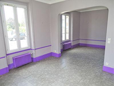 Maison Luisant 8 pieces 124.74 m2