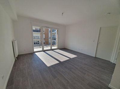 Appartement 2 pieces NEUF en location a LUCE