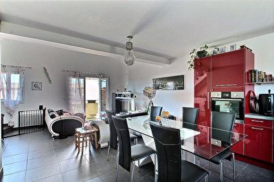 Appartement duplex de 63 m2 avec terrasse et 2 stationnements