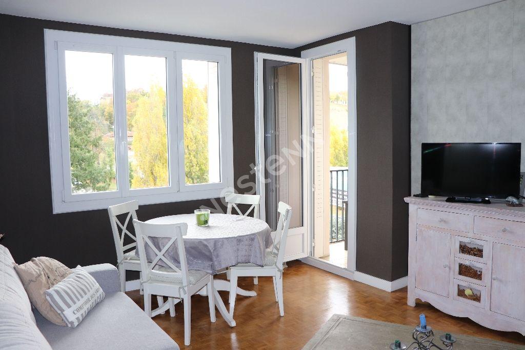 photos n°1 Appartement Francheville T3 - proche commodités