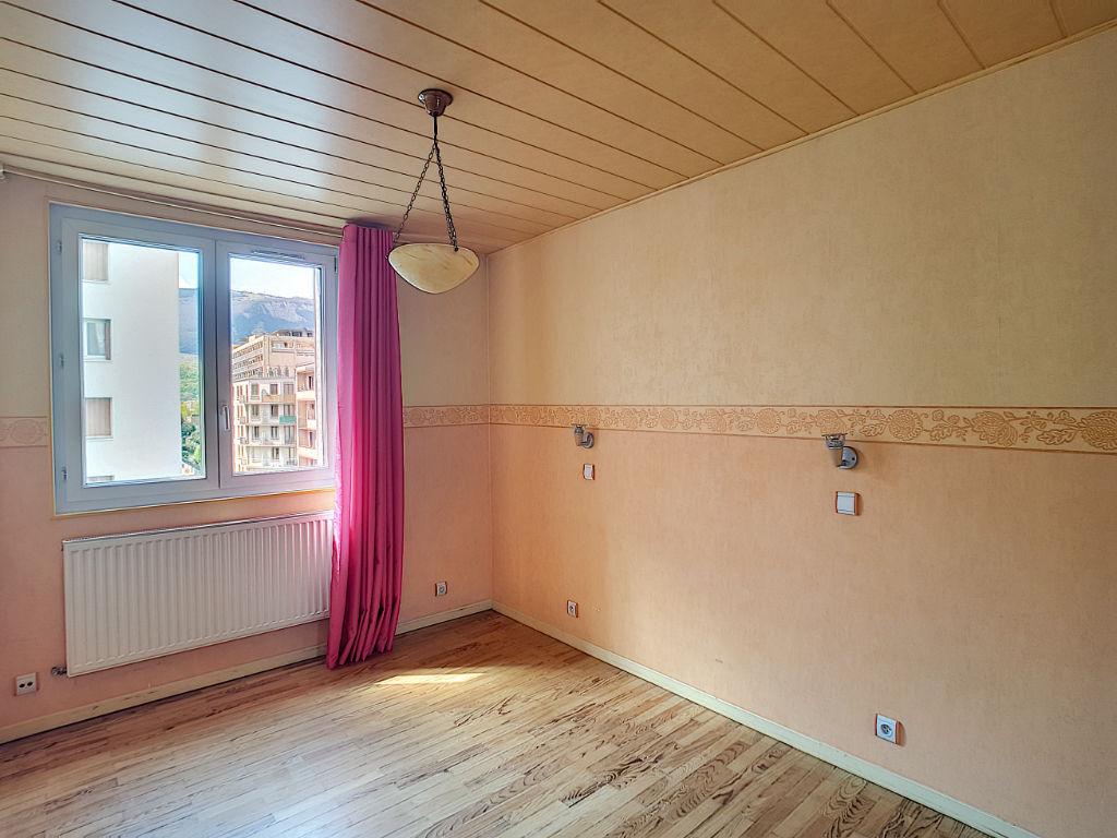Appartement à vendre sur Grenoble secteur Mutualiste de 4 pièces 63.71 m2