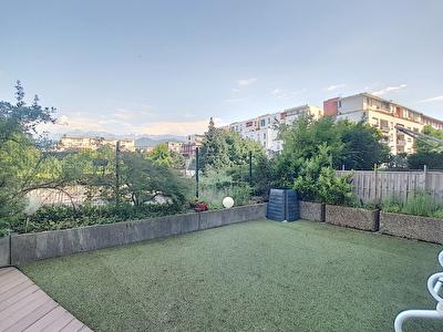 Appartement Grenoble 4 pieces 85m2 et sa superbe terrasse de 65m2