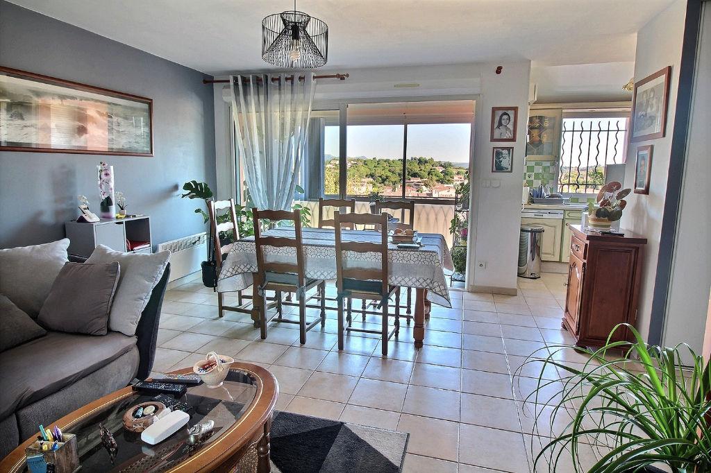 Appartement La Crau 3 pièce(s) 60.01 m² - Résidence récente et proche commodités