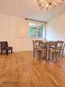 Appartement Sathonay Camp limite Vernay 3 pieces 55 m2
