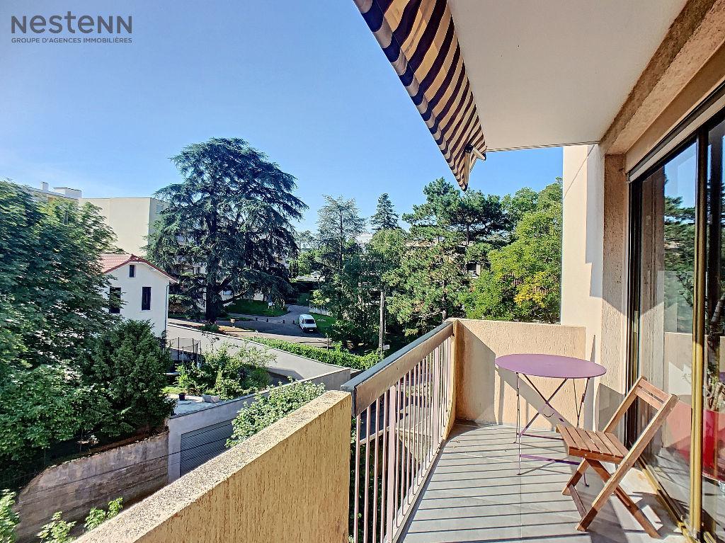 Appartement T4 Mairie Caluire Et Cuire de 95,51 m²
