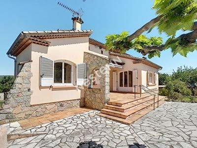 Villa Carces 7 pieces 140 m2