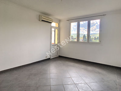 Appartement Brignoles 3 pieces 51.69 m2