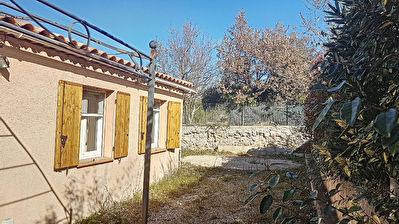 Villa T4 de plain pied mitoyenne en lotissement a Brignoles