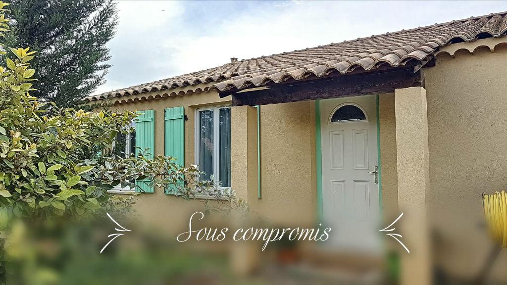 photos n°1 Villa T5 de 104m² de plain pied avec garage sur terrain clos de 570m² - Périphérie Brignoles