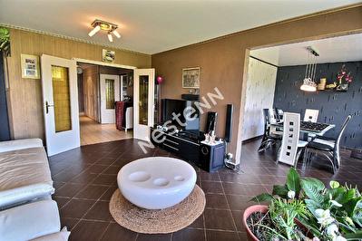 Appartement F5 - Metz - 3 chambres - Garage ferme - Balcon - Sans travaux