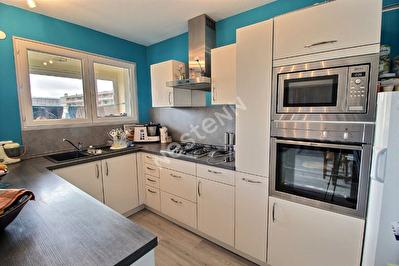 Appartement Metz - 2 chambres - balcon -garage