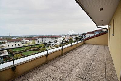 Appartement Metz Queuleu - 3 chambres - 2 stationnements - 2 terrasses - Vue degagee