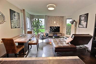 Appartement 2 chambres - terrasse - parking - Metz plantieres