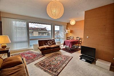Appartement Metz 2 chambres - garage ferme - balcons