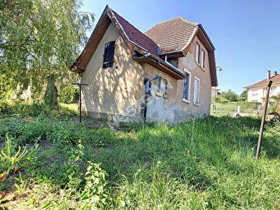 Maison 2 chambres a renover - Saulny - 8 ares de terrain - 10 min de Metz