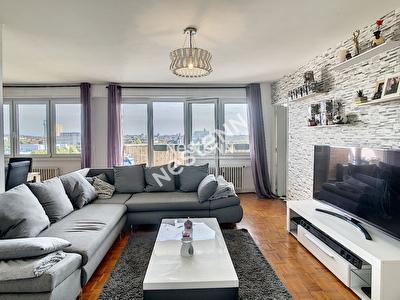 Metz Devant-Les-Ponts - Appartement F4 - 2 chambres - Balcon - Garage ferme - Grande piece de vie