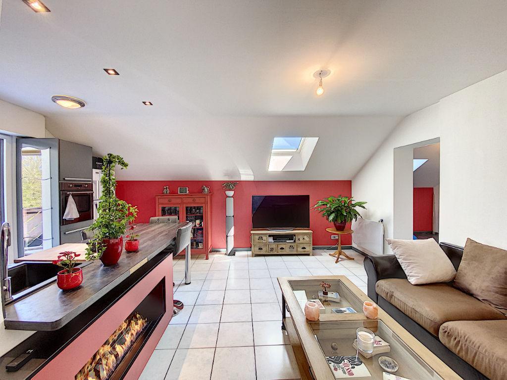 Metz appartement 2 chambres- balcon- garages-possibilité duplex -impasse