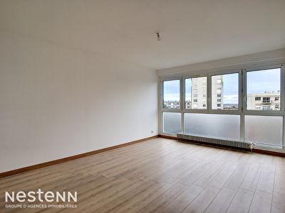 Herouville St Clair - Bel appartement T2 de 50 m2, garage, ascenseur