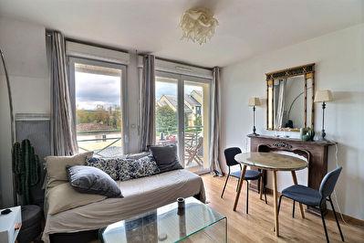 Cabourg - appartement recent avec un grand balcon