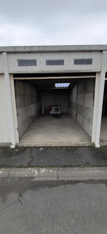 Garage fermé à IFS, limitrophe Caen