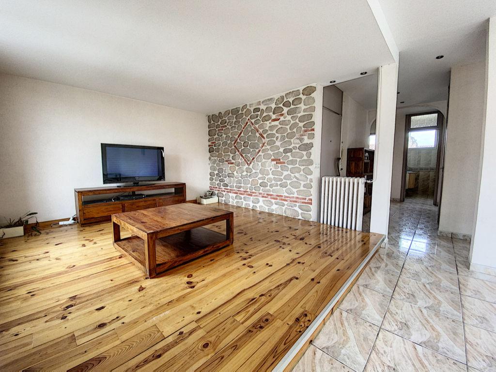 photos n°1 Appartement Perpignan 3 pièces 84 m2 et caves.