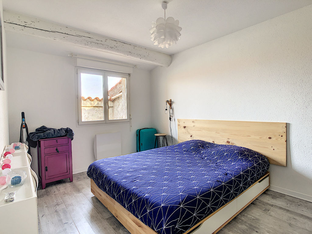 A VENDRE Bages Appartement 3 pièces 47.18 m2, garage, dépendance et tropézienne.