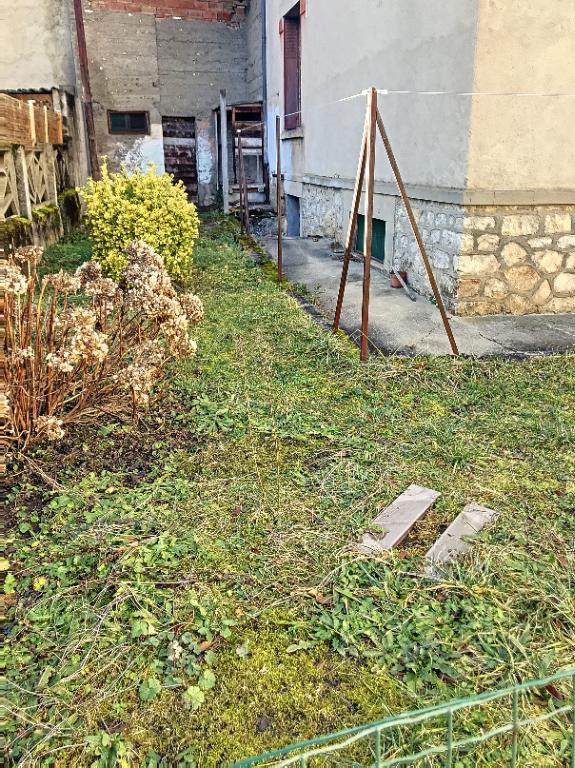 LAVELANET MAISON A VENDRE CENTRE VILLE 5 PIÈCES+ GRAND GARAGE
