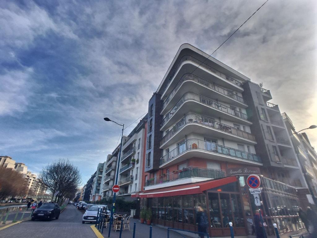 photos n°1 Appartement  3 pièces 63.28 m2  avec Balcon PANTIN CANAL