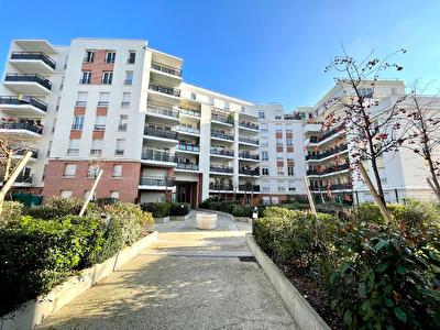 Appartement Romainville 3 pieces 59.99 m2