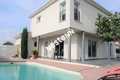 Villa contemporaine Aigues Mortes 5 piece( 130 m2. Prestations de qualite
