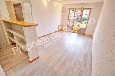 Sainte Maxime - 2 pieces - 35 m2 dernier etage