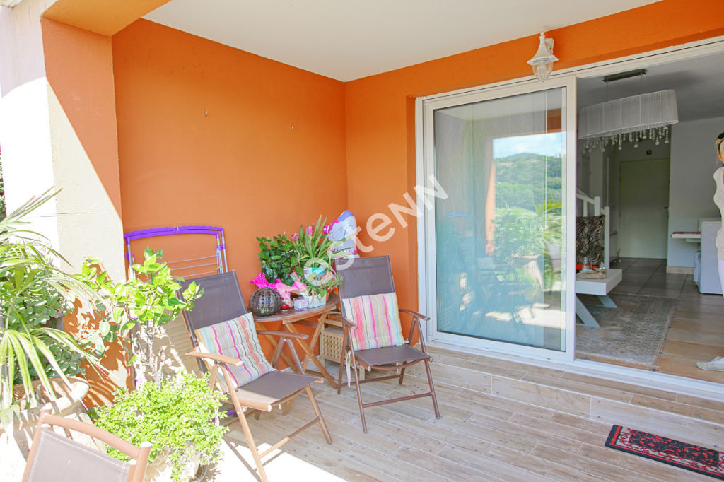 Sainte Maxime - 3 pièce(s) - 60 m² - lumineux - Golf